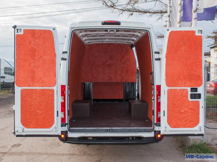 Спальник в цельнометаллическом фургоне своими руками