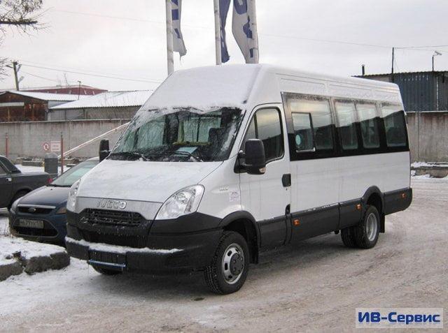 Компания «Ив–Сервис» поставила партию пассажирских автобусов Iveco Daily 50C15V транспортному объединению «Такси–2»