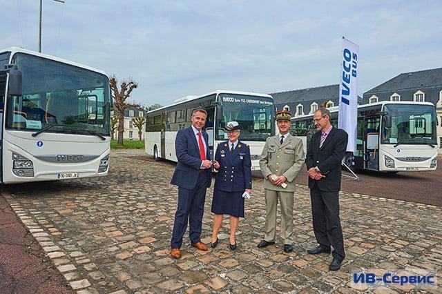 Автобусы Crossway от Iveco Bus пополнили автопарк вооруженных сил Франции